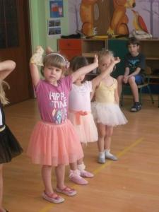 Występ baletowy-2
